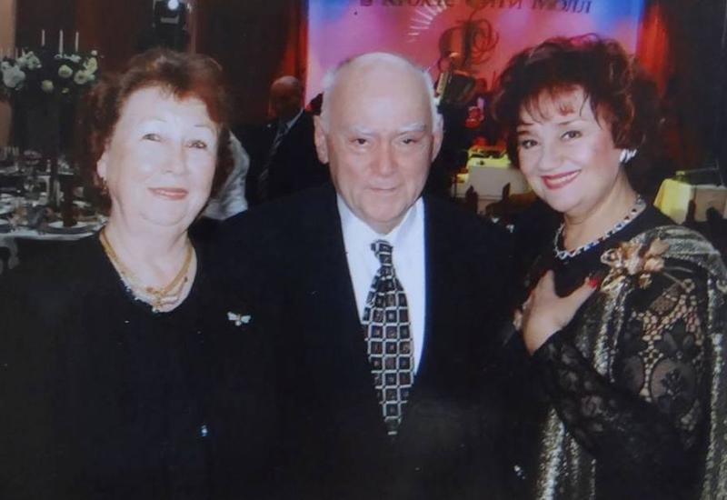 """Супруга Чингиза Садыхова подарила азербайджанскому музею архив легендарного пианиста <span class=""""color_red"""">- ФОТО</span>"""