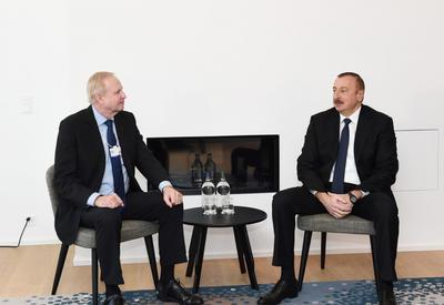 """Президент Ильхам Алиев встретился в Давосе с вице-президентом Еврокомиссии и главой BP <span class=""""color_red"""">- ОБНОВЛЕНО - ФОТО</span>"""