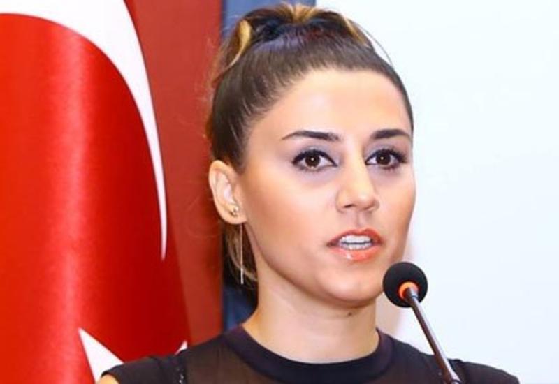 """Azərbaycanlı xanım jurnalist yol qəzasında öldü <span class=""""color_red"""">- FOTO</span>"""