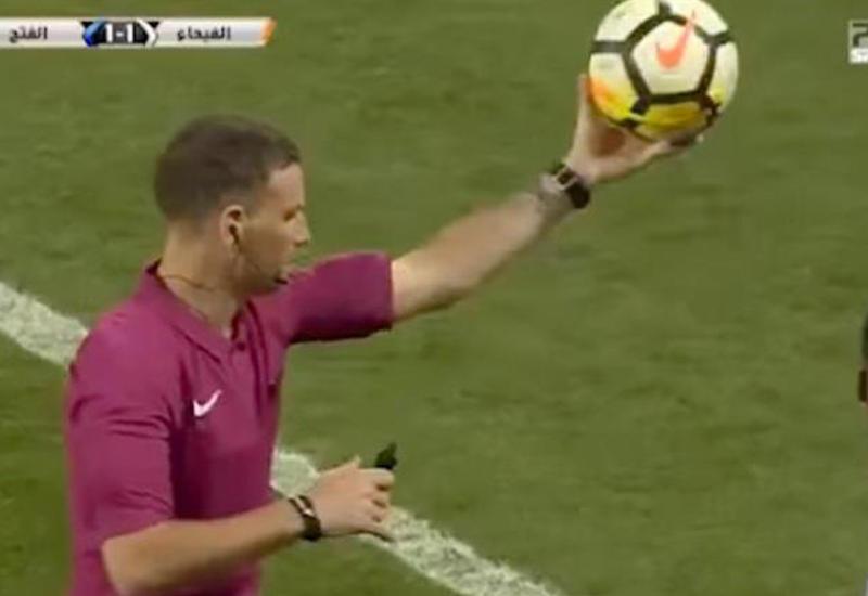 Судья остановил матч, чтобы футболисты помолились