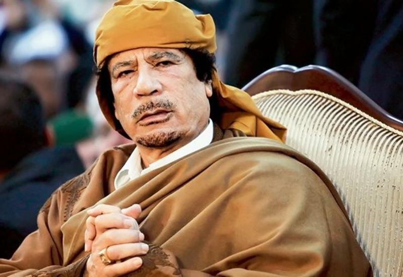 """СМИ: Каддафи хотел купить """"Манчестер Юнайтед"""""""
