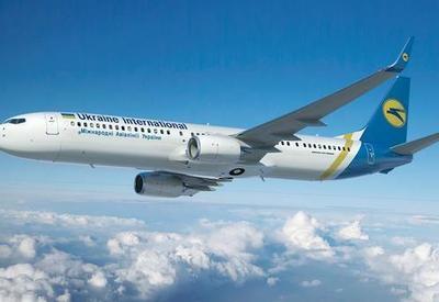 Украинский самолет совершил аварийную посадку в Тбилиси