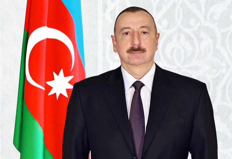 Президент Ильхам Алиев поздравил председателя КНР
