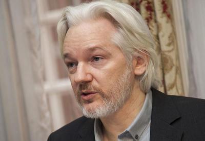 Лондонский суд оставил в силе ордер на арест Ассанжа