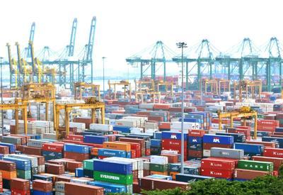 Азербайджан намерен занять значительную долю в транзитных перевозках из Китая в Европу