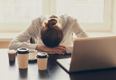 """«Вечная усталость» - Простые способы, которые помогут вернуть вам энергию <span class=""""color_red"""">- ФОТО</span>"""