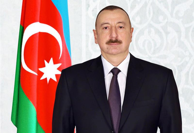 Президент Ильхам Алиев поздравил главу Северной Македонии