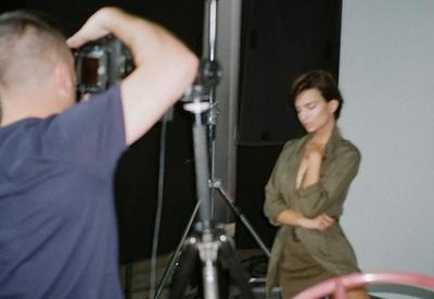 "Эмили Ратаковски и мама Илона Маска снялись в одной рекламной кампании <span class=""color_red"">- ФОТО</span>"