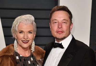 """Мать Илона Маска рассказала, как воспитать миллиардера <span class=""""color_red"""">- ФОТО</span>"""