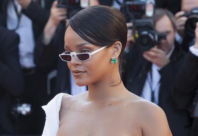 """Какие солнцезащитные очки уже стали хитом этого года <span class=""""color_red"""">- ФОТО</span>"""