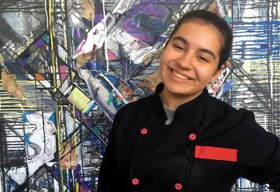 """Бахар Агамалова: «Хочу развивать азербайджанскую кухню и сделать ее известной на весь мир» <span class=""""color_red"""">- ИНТЕРВЬЮ - ФОТО</span>"""