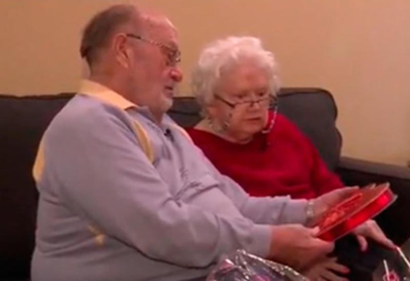 Американец подарил жене один и тот же подарок 39 раз подряд