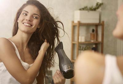 """6 советов, как правильно сушить волосы <span class=""""color_red"""">- ФОТО</span>"""