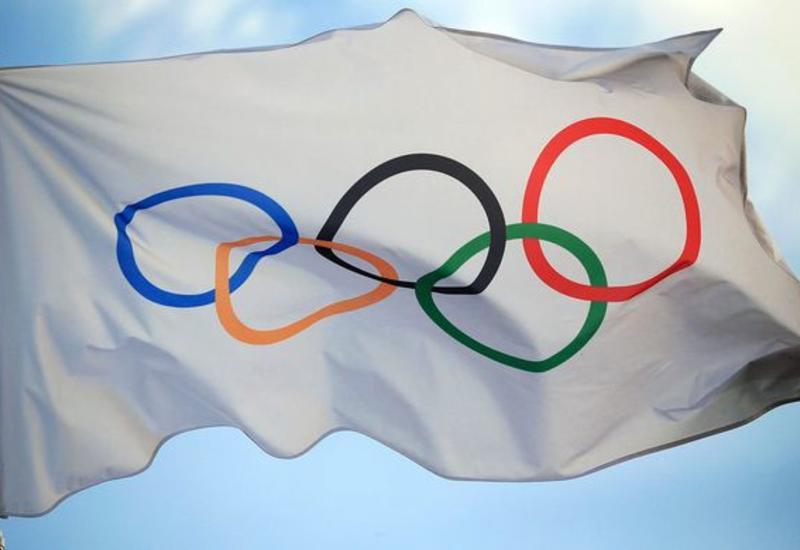 Американец выступает на Олимпиаде в рваных кедах из торгового центра