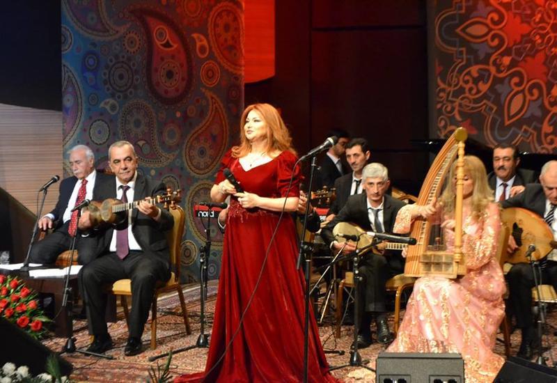 "В Центре мугама отметили юбилей легендарного Ахада Алиева <span class=""color_red"">- ФОТО</span>"