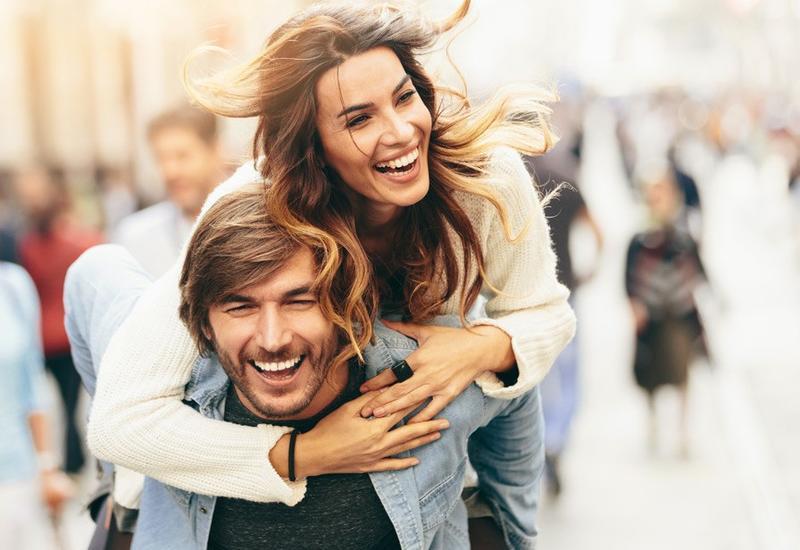 12 отличий между отношениями с девушкой и отношениями с женщиной