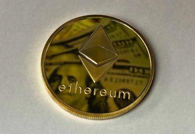 Ethereum nədir: Bitcoin-in taxtını əlindən alacaqmı?
