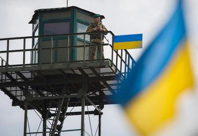 Сто грузовых автомобилей на границе с Украиной не могут попасть в Россию
