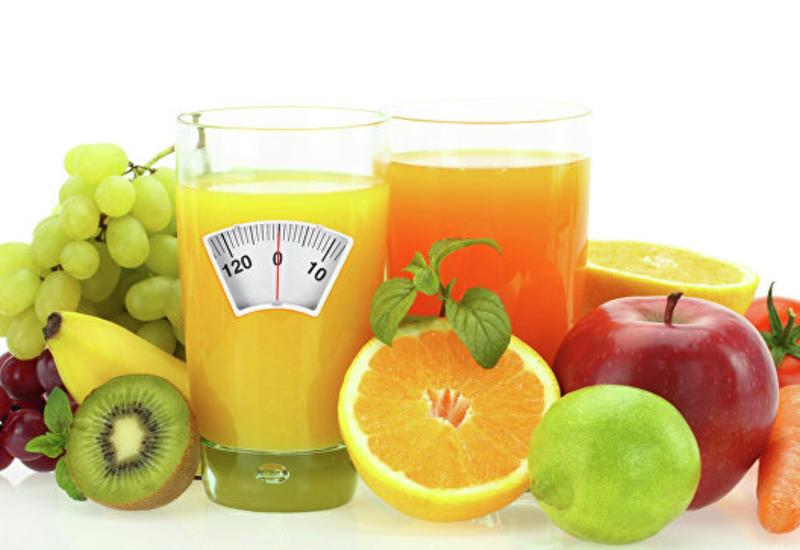 Ученые рассказали об опасности фруктового сока