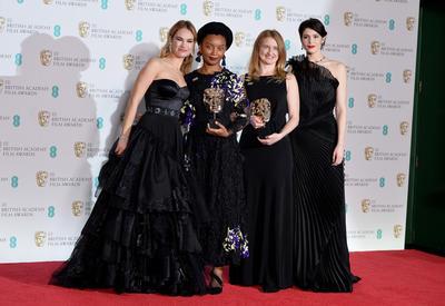 "Звезды пришли на BAFTA в черном <span class=""color_red"">- ФОТО</span>"