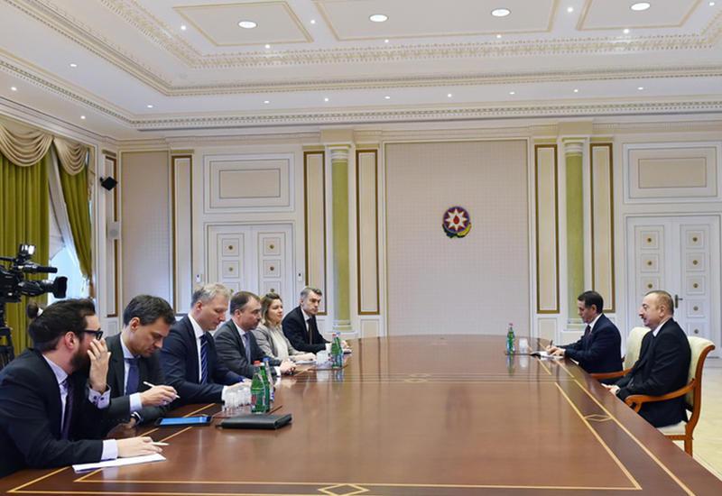 """Президент Ильхам Алиев: Лицемерная и деструктивная позиция Армении - главное препятствие для достижения прогресса в переговорах <span class=""""color_red"""">- ФОТО</span>"""