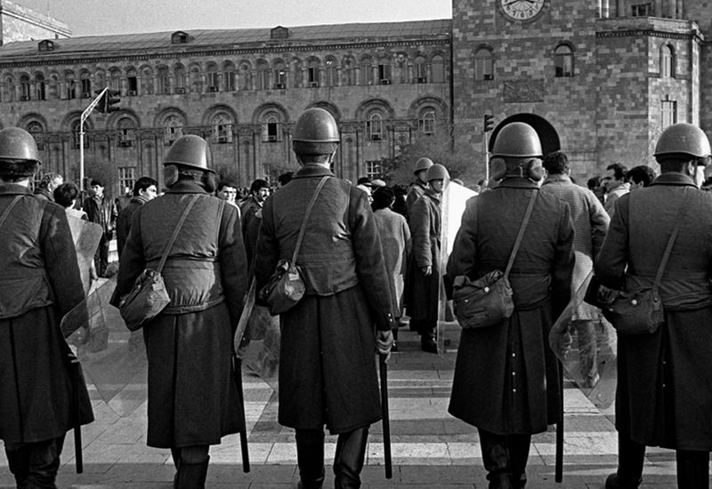 """К 1988 году армянское засилье вокруг Горбачева достигло апогея - Так начинался карабахский конфликт <span class=""""color_red"""">- ИНТЕРВЬЮ</span>"""
