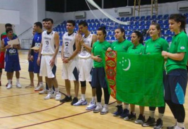 """Международный турнир 3x3 в Баку <span class=""""color_red"""">- ФОТО</span>"""