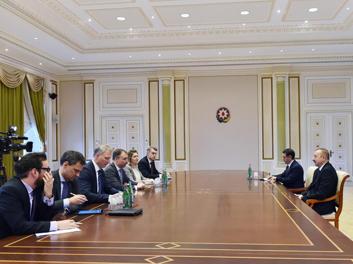 Встолице франции раскритиковали объявление Алиева о«возвращении Еревана»