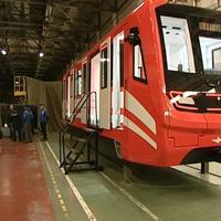 """Новые поезда в бакинском метро <span class=""""color_red"""">- ФОТО</span>"""