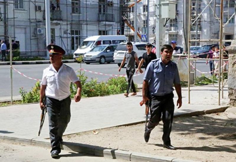 """В Таджикистане вывесили флаги """"ИГ"""""""