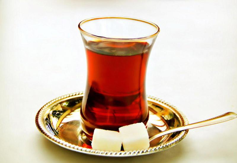 Səhv dəmlənən çayın zərərləri