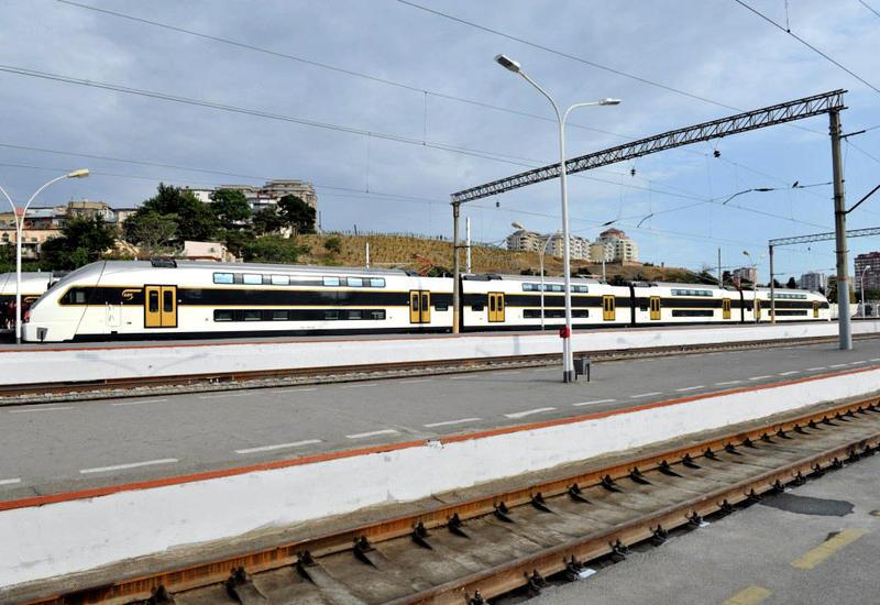 Изменен график движения поездов Баку-Сумгайыт