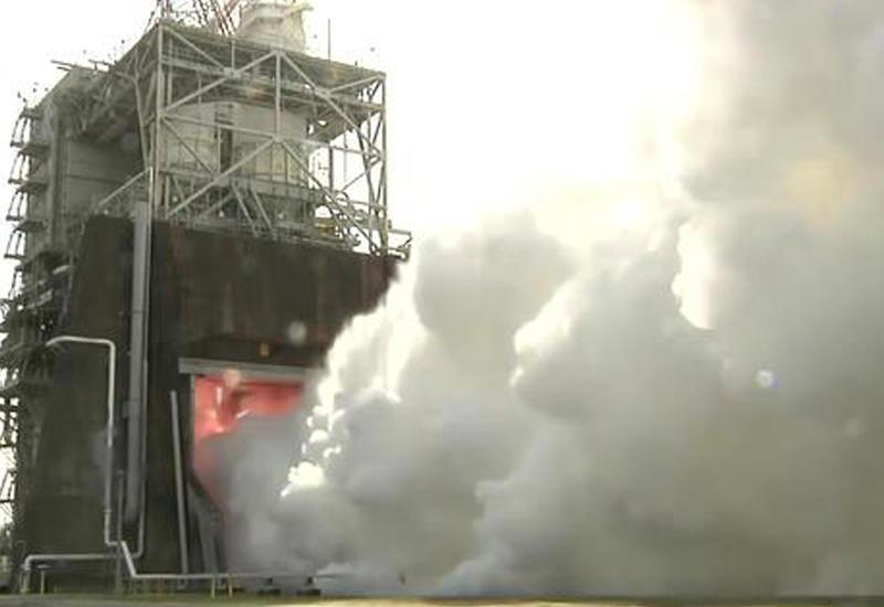 """США на рекордной мощности запустили двигатель сверхтяжелой ракеты <span class=""""color_red"""">- ВИДЕО</span>"""