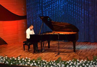 """Beynəlxalq Muğam Mərkəzində """"Fortepiano musiqisi axşamı"""" adlı konsert keçirildi <span class=""""color_red"""">- FOTOLAR</span>"""