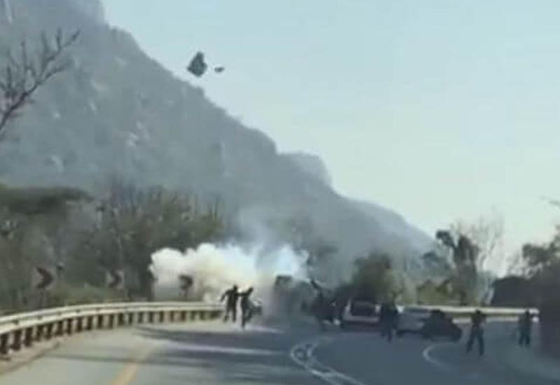 """Грабители взорвали инкассаторский фургон в ЮАР <span class=""""color_red"""">- ВИДЕО</span>"""