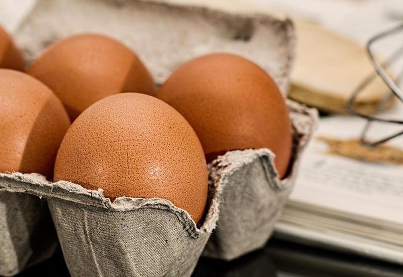 """Загадочный трюк с яйцами <span class=""""color_red"""">- ВИДЕО</span>"""