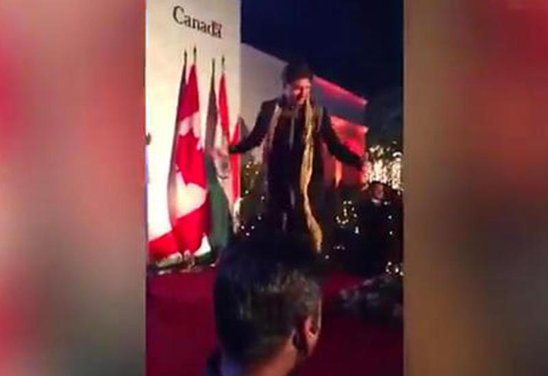 """Джастин Трюдо устроил танцы в стиле индийских фильмов <span class=""""color_red"""">- ВИДЕО</span>"""