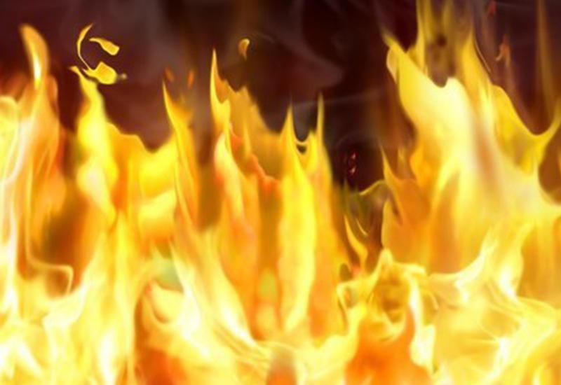 Крупный пожар в Баку