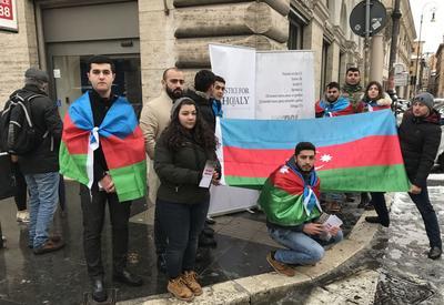 """В Италии прошли просветительские акции, посвященные Ходжалинскому геноциду <span class=""""color_red"""">- ФОТО</span>"""