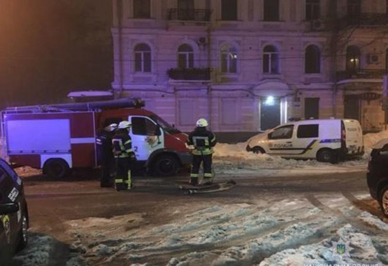 Ресторан в центре Киева обстреляли из гранатомета