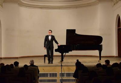 """Молодой виртуоз выступил с грандиозным концертом на сцене Филармонии <span class=""""color_red"""">- ФОТО</span>"""
