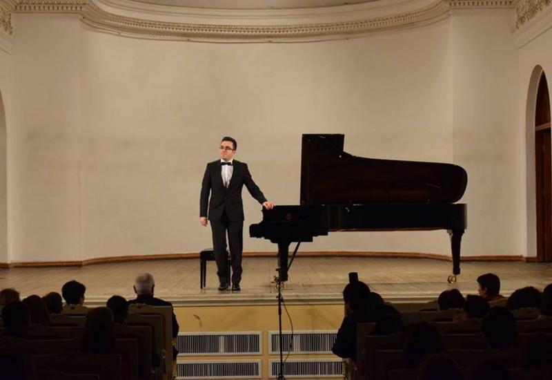 Молодой виртуоз выступил с грандиозным концертом на сцене Филармонии