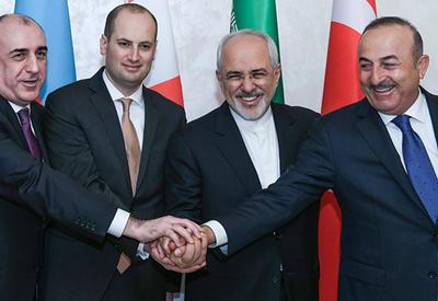 Азербайджан выведет страны Персидского залива к Средиземному морю. Еще один успех Баку и провал Еревана