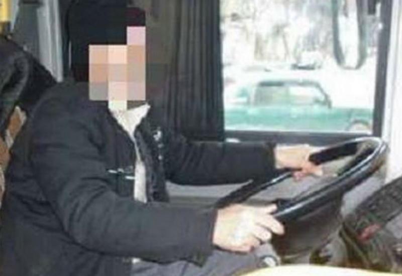 Avtobusda həyəcanlı anlar - Sürücü sükan arxasında öldü