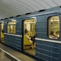 ЧП в бакинском метро, поезда могут задерживаться