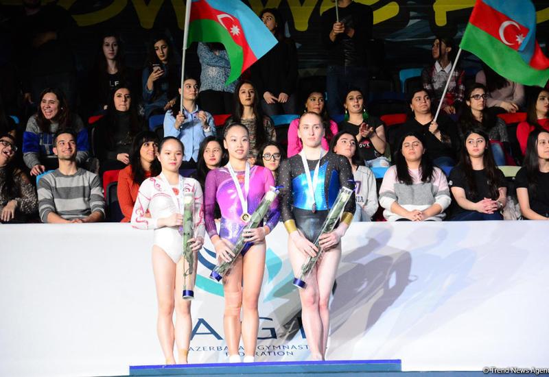 В Баку определились победительницы Кубка мира в соревнованиях на разновысоких брусьях