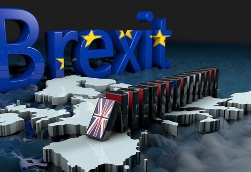 Парламент Британии предлагает перенести Brexit