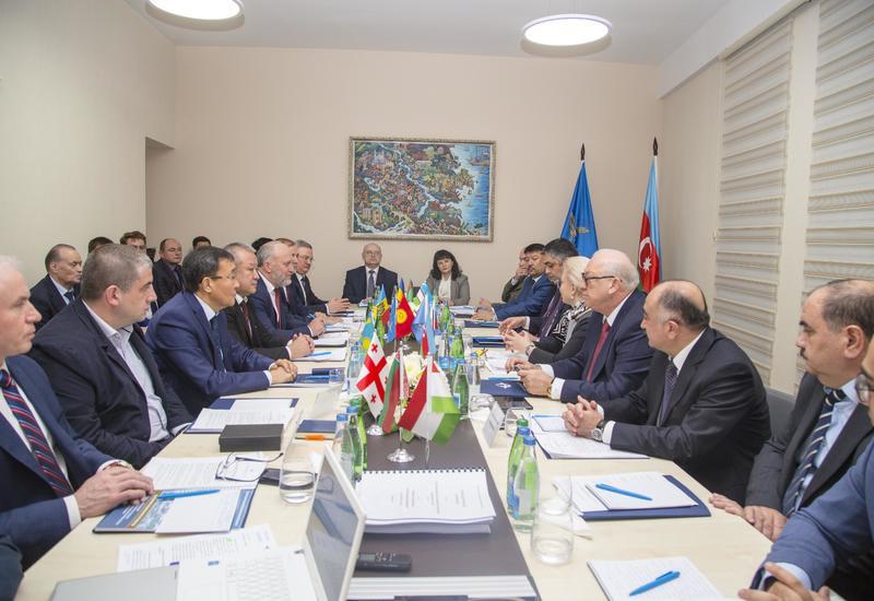 """В Баку состоялось заседание 36 сессии Межгоссовета по авиации и использованию воздушного пространства <span class=""""color_red"""">- ФОТО</span>"""