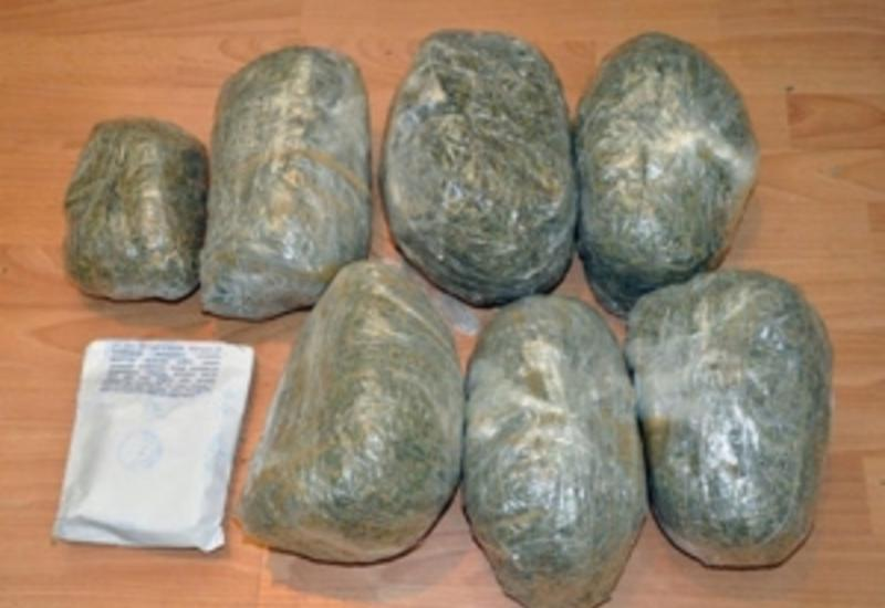 В Азербайджане из оборота изъято более тонны наркотиков