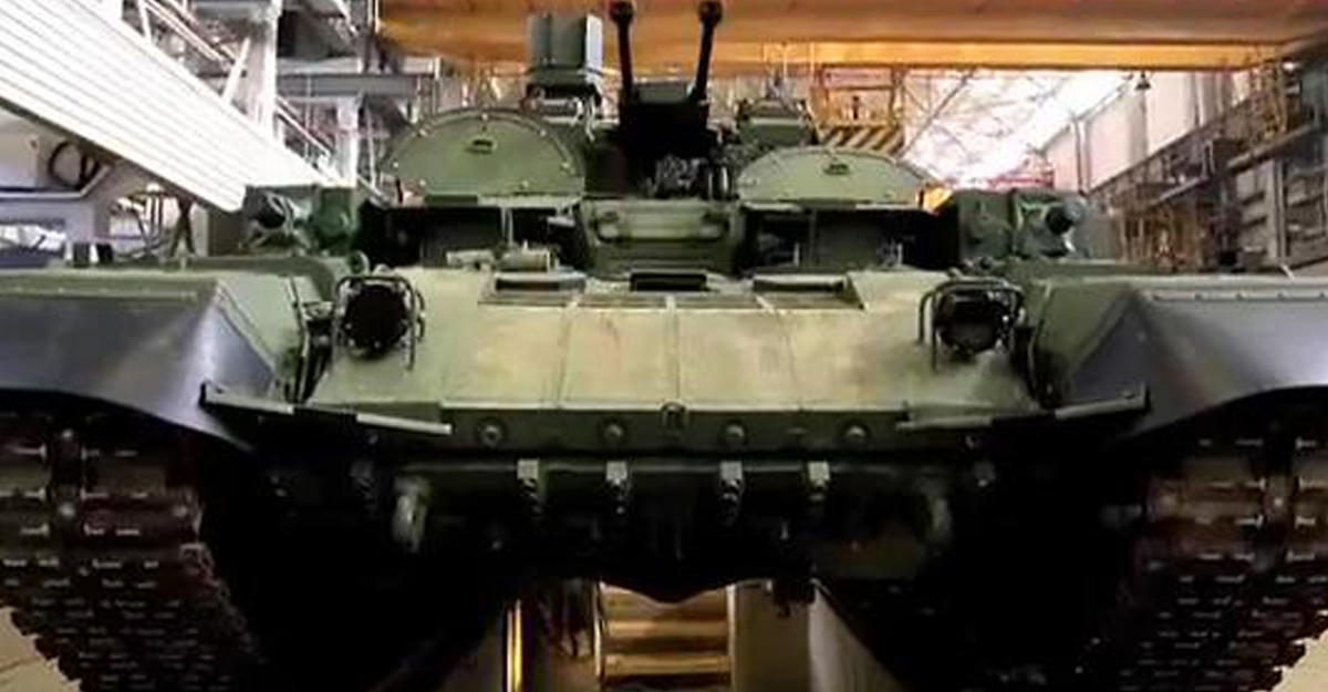 Новые БМПТ «Терминатор-2» показали навидео